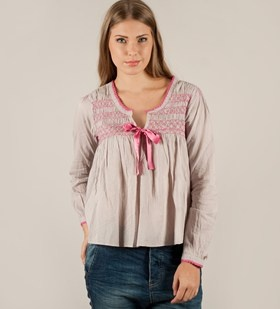 Cotton Embroided l/s Blouse from Odd Molly here in the color Pearl <3