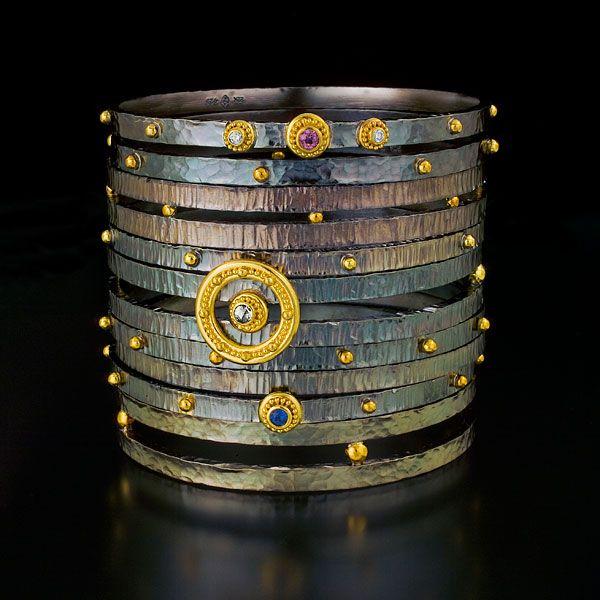 Zaffiro: bangle bracelets 22kt gold oxidized silver