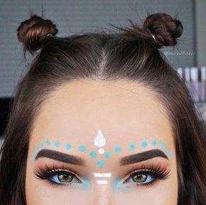 Un look perfecto para lucir en tu festival favorito.  #Vorana #Boho #Makeup