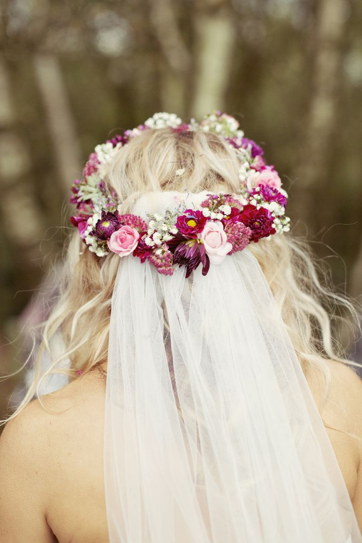brides hair styles 258 best bridal flower crowns images on 4384