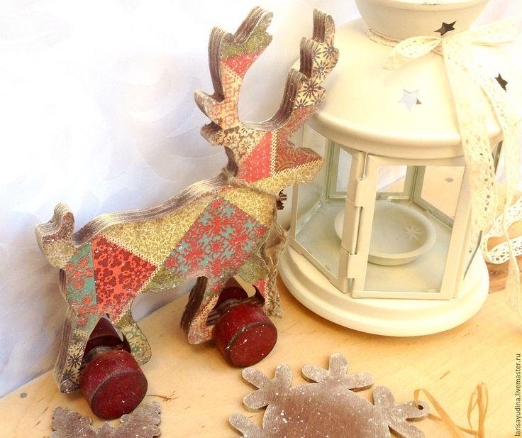 Купить Интерьерная Игрушка Рождественский Олень - комбинированный, пэчворк, кантри винтаж декупаж, декупаж работы