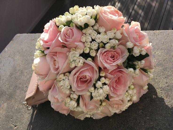 Pink roses and bouvardia