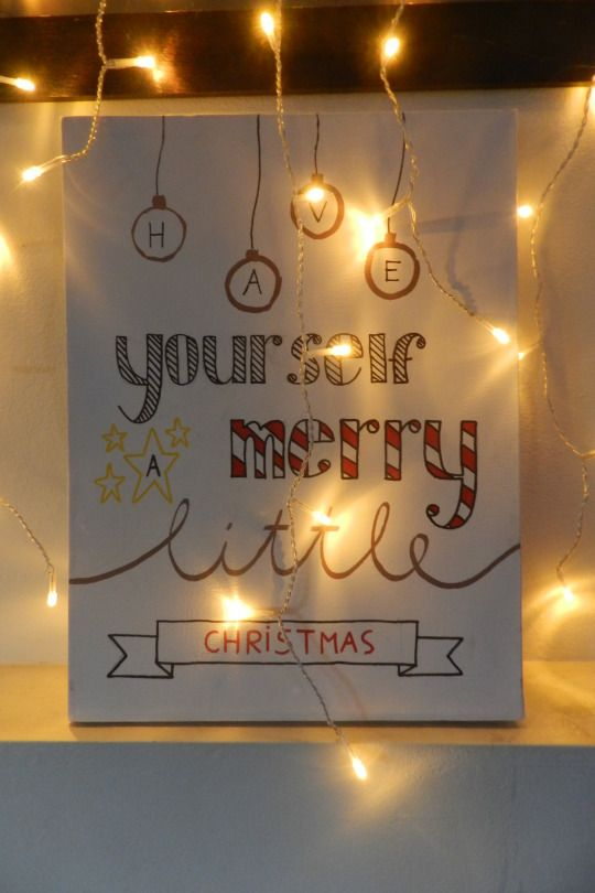 Christmas handlettering on canvas