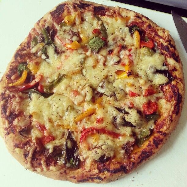 #HomemadePizza #Peppers #Mushroom #Mozzerlla #Cheddar #TomatoPaste #Spinach #SweetCorn