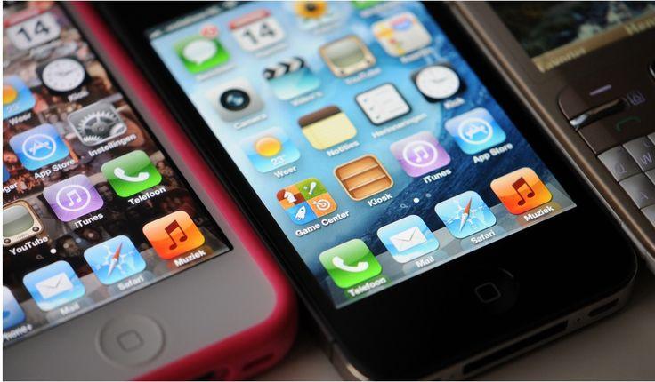 Anticipándonos a la llegada de las nuevas generaciones de Smartphones, hemos querido destacar cinco modelos de los más sobresalientes en el mercado actual: LG G3, Sony Xperia Z2, HTC One M8, iPhone 5S y el Samsung Galaxy S5. http://www.linio.com.co/tecnologia/celulares-telefonia-gps?utm_source=pinterestutm_medium=socialmediautm_campaign=COL_pinterest___celulares_celulareshome_20140709_17wt_sm=co.socialmedia.pinterest.COL_timeline_____celulares_20140709celulareshome.-.celulares