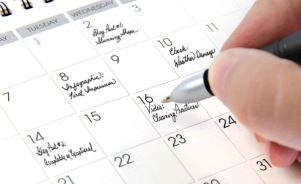 By SHANNA MALLON published OCTOBER 27, 2013 Managing the Editorial Process Build Your Content Calendar: 3 Easy Steps