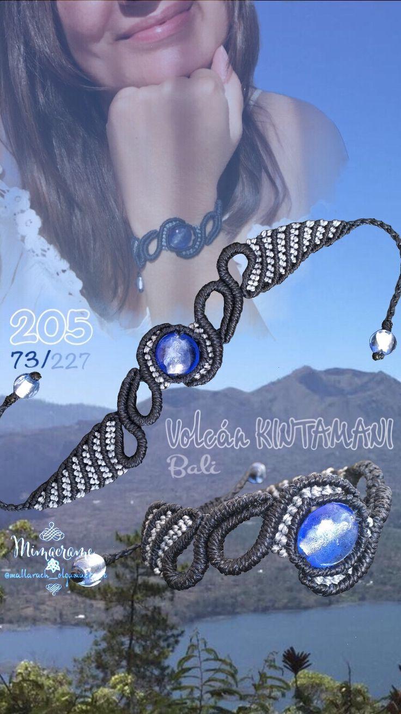 Pulsera micromacramé con cuenta de cristal murano, sobre fotografía tomada por mi amiga Maribel S.  del Volcán KINTAMANI, Bali, Indonesia.   #pulsera #macrame #micromacrame  #HechoAMano  #polsera #FetAMa #bracelet #handmade  #Volcan #Kintamani #Bali #Indonesia