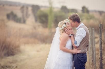 Grant SA Photography captured love in the most beautiful way at Casa-lee Country Lodge www.casa-lee.co.za