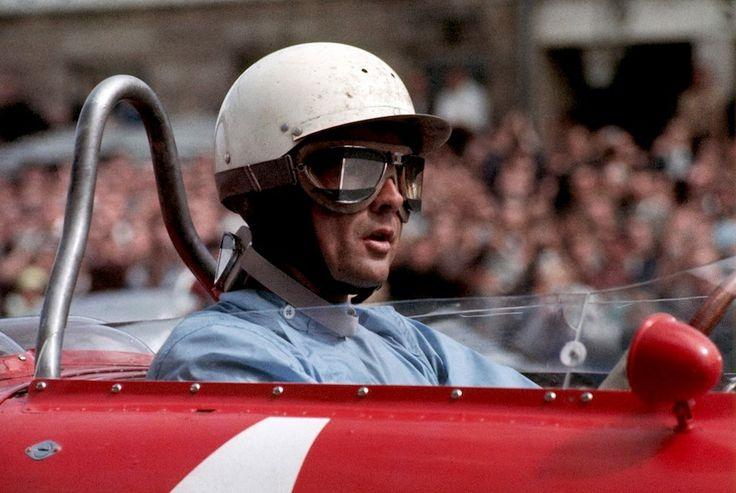 http://www.motorsportstravel.us/
