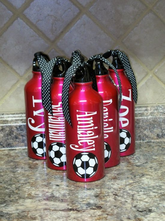 cricut projects with vinyl | Cricut Vinyl Projects ~ / Personalized Aluminum Water Bottle-Soccer ...