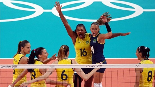 Brazil celebrate after a point against USA Fernanda Rodrigues, Fabiana Oliveira, Jaqueline Carvalho, Danielle Lins, Fabiana Claudino and Sheilla Castro of Brazil celebrate after a point against USA during the women's Volleyball gold-medal match on Day 15 of the London 2012 Olympic Games at Earls Court.  (za 11 aug 2012)