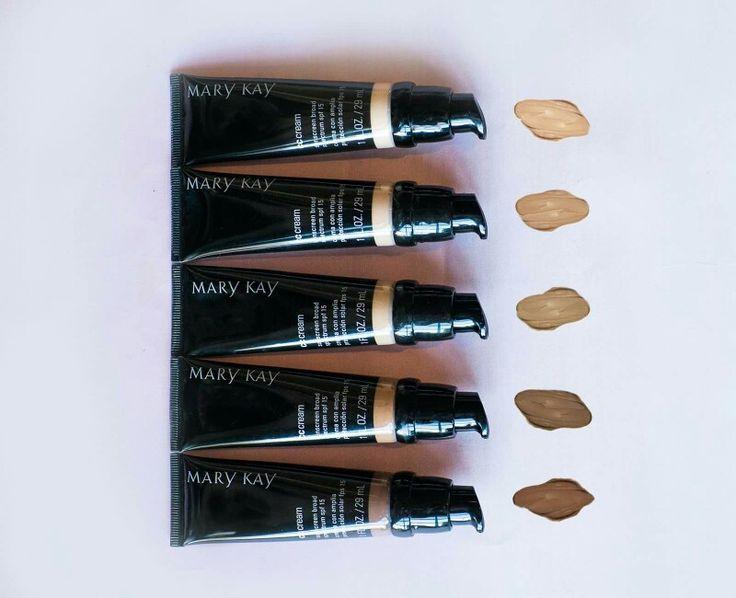 Magia multifacetada. O CC Cream com FPS 15 da Mary Kay actua instantaneamente de forma a corrigir as imperfeições da pele ao mesmo tempo que oferece oito benefícios para o cuidado da sua pele.