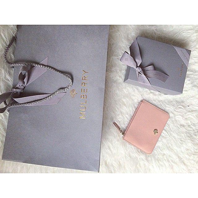 De bedste ting kommer i grå indpakning #mulberry#mulberrycoinpouch#rosepetal#framinsødem#denbedsteiverden#sommerfarve
