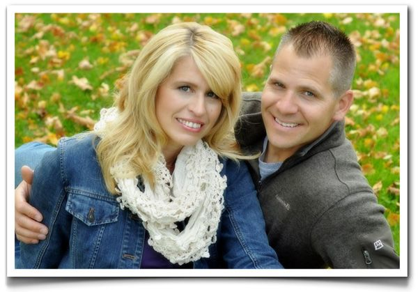 Fall Poses For Couples Portraits | New Portrait Biz Digital Photography Blog