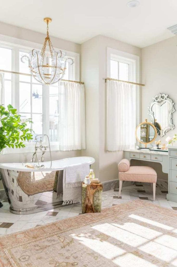 Best At Home With Rachel Parcell In 2020 Master Bathroom 640 x 480