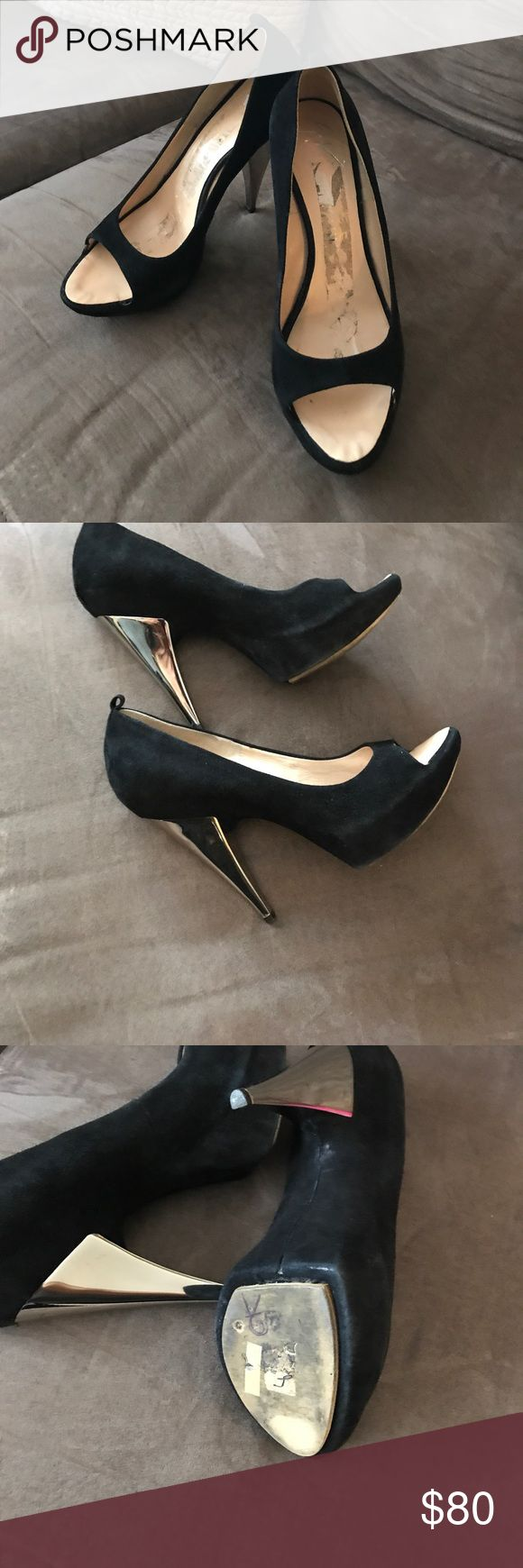 Giuseppe heels 👠 Used good condition the only flaw it's the tape marks inside, that's why they look dirty Giuseppe Zanotti Shoes Heels #giuseppezanottiheelssilver