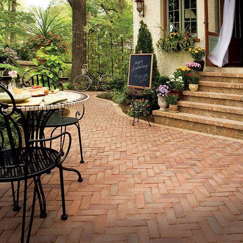 Copthorne patio by Unilock North America, via Flickr