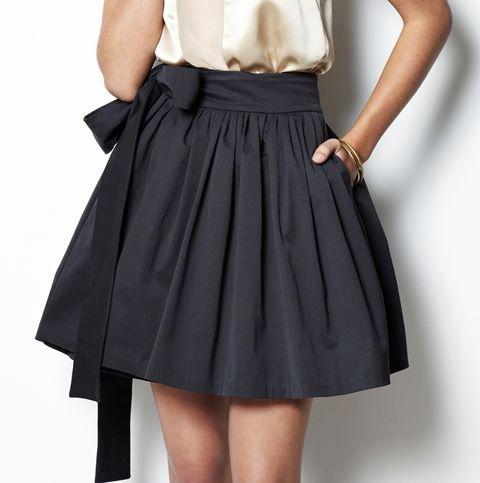 Love the shape and the bow is so cute, want is several colours