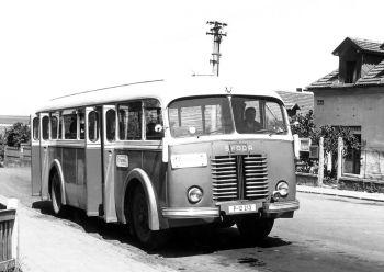 Škoda 706 RO '1947–58