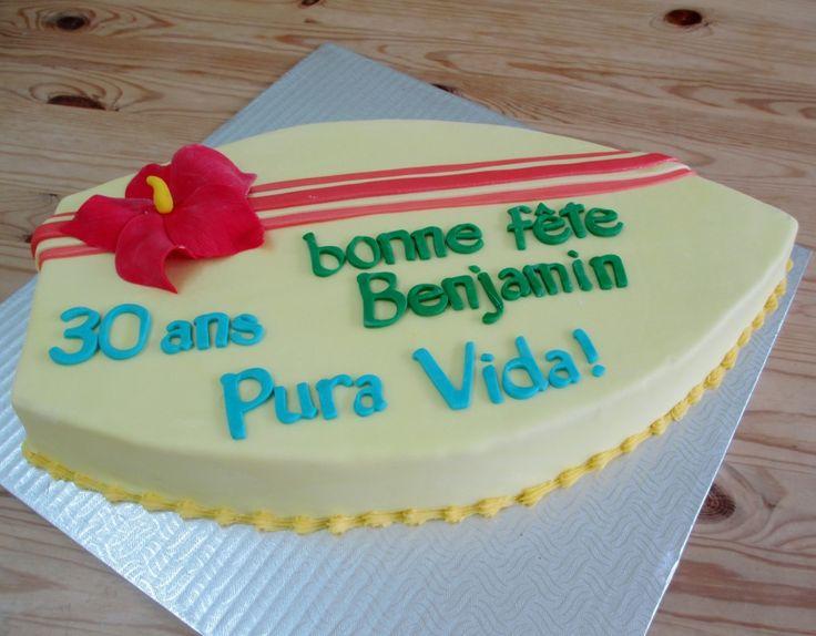 Gâteau planche de surf - (www.mllesgateaux.com)