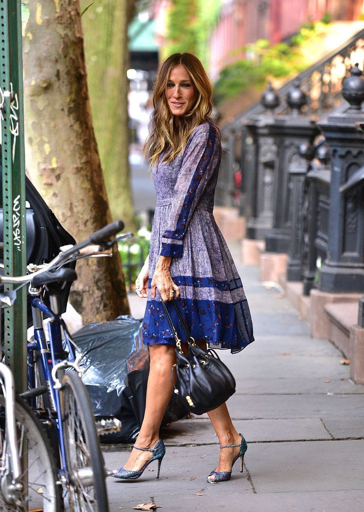 Hello, Lover! Sarah Jessica Parker Gives Off Major Carrie Bradshaw Vibes in NYC