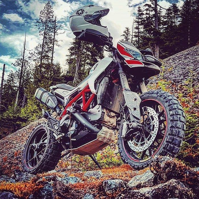 Just WOW! :) regram @motocorsa #DontMoveToOregon Theres nothing to do here…