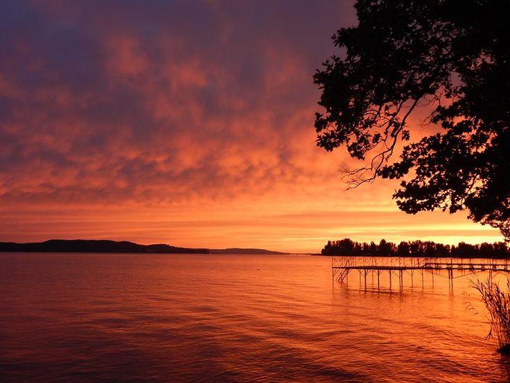 Good Morning Lake Balaton! Beautiful Places in Hungary  Photo by Zita Almási