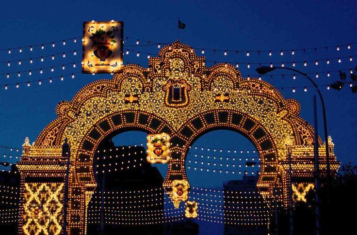 feria-sevilla-portada-2006-sm.jpg (1500×990)