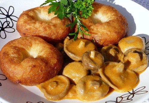 Gombapaprikás krumplifánkkal