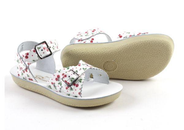 Saltwater sandalen. Waterbestendig, licht aan de voet, zalig draagcomfort. Goede pasvorm. Natuurlijke materialen.