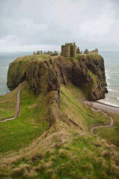 Dunnottar Castle, Scotland. A hidden wonder.  http://adventuresuncorked.com/