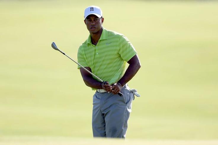 Tiger Woods kämpfte. Nicht immer waren seinen Drives präzise, aber mit einem guten kurzen Spiel machte er viel wieder gut. Mit einer 69 startet er erfolgreich in das Turnier.