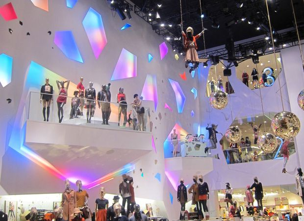 FAST-FASHION: H pode chegar ao Brasil em 2013 com abertura de 30 lojas simultâneas e compra da Riachuelo