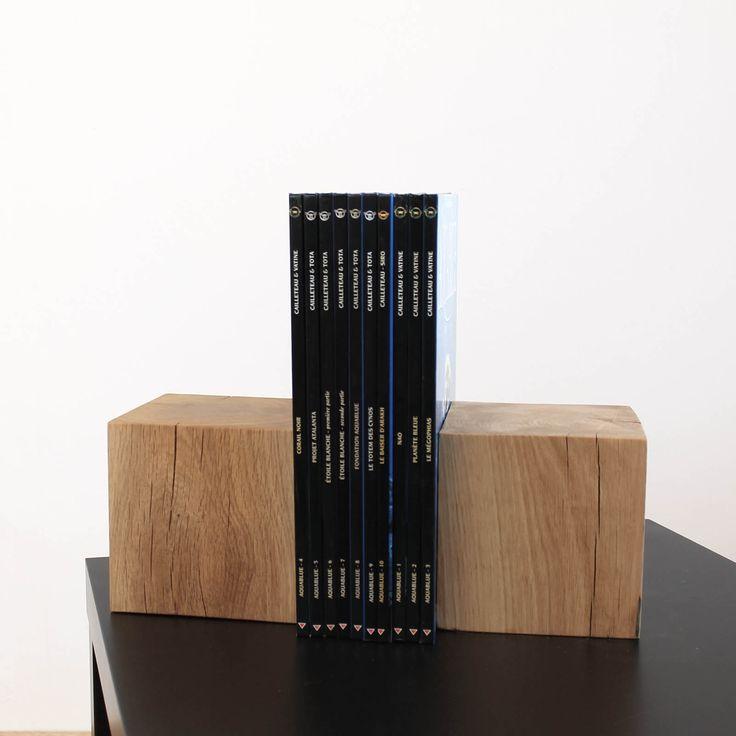 Oak book ends, made in France by BLUMEN. http://www.blumen.fr/products/blocs-serre-livres-en-bois-massif