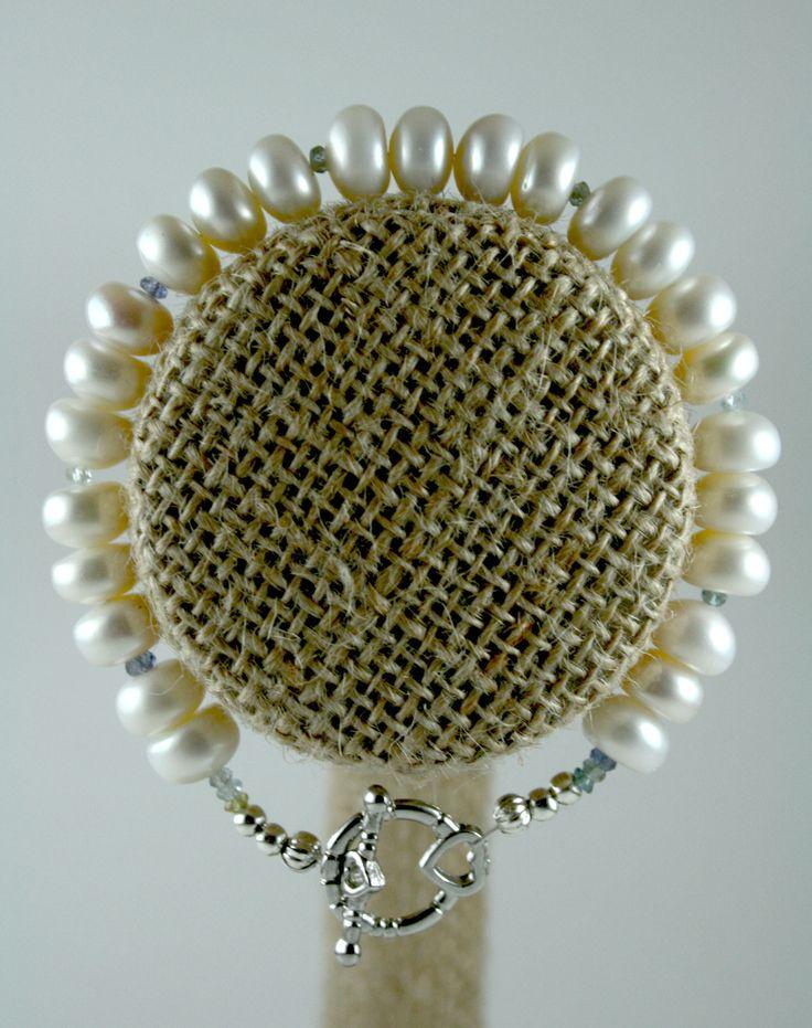 Breezy Brunch Pearl Bracelet