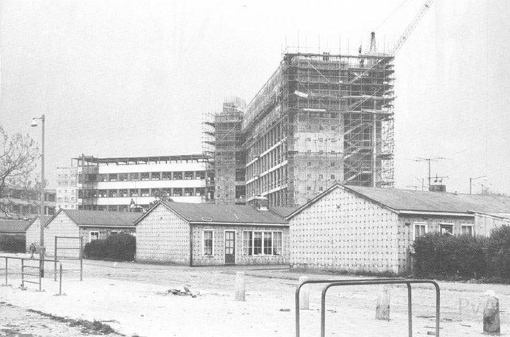 De bouw van het Ikazia ziekenhuis.