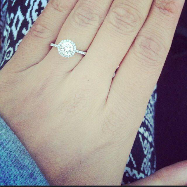 Amazing Halo Engagement Ring