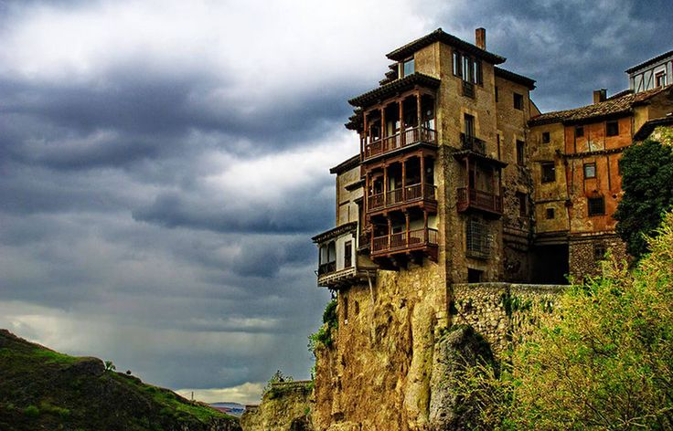 Best Hanging houses of Cuenca Spanyol – Best Tourism 2016 - Trips Channel