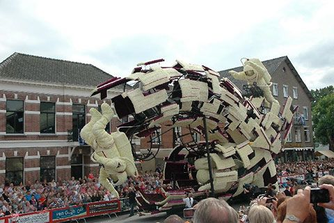 Bloemencorso is the annual parade of flowers in Zundert, the Netherlands. Each giant float is sculpted from thousands of flowers such as dahlias. You can see a little bit of everything at Bloemencorso, including intricate floats resemble exotic animals, puppets, and graffiti. You can see this stunning event for yourself on September 1 and 2, 2013.