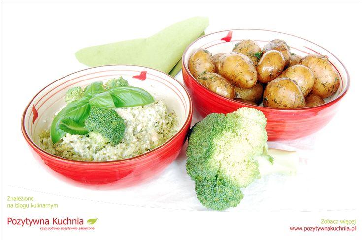 Młode ziemniaki z dipem brokułowym - #przepis na prosty, tani i szybki #obiad
