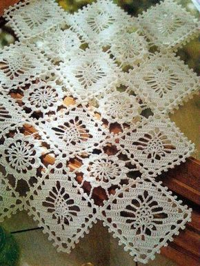 Achei estas toalhas de crochê com gráfico no Facebook كروشــــيه و تـريكــــو حنـــــان