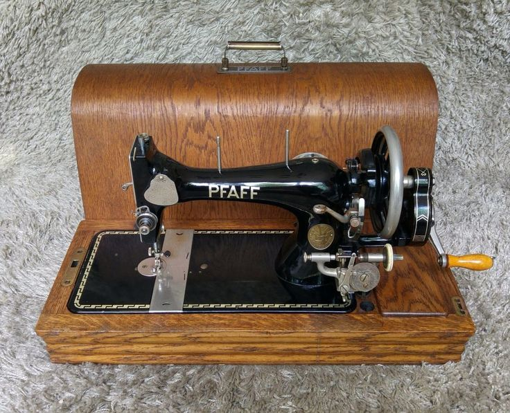 *** Sold *** | Pfaff 11 Antique Sewing Machine | Kaiserslautern 1938 | Worldwide Shipping 🔷 FREE Shipping to 25 Countries in Europe | 🔶 Buy it Now or Make an Offer! | 🐭 #MadMouseAntiques #sewingmachine #pfaff #antiquestyle #sewing #fashionschool #fashiondesign #fashiondrawing #thread #cuttingtable #seamstress #tailor #menswear #beiber #sewcool #fabric #bodice #bobbin
