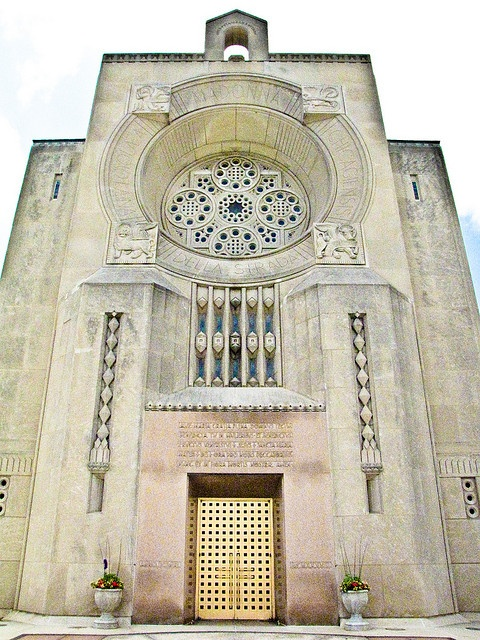 Madonna Della Strada Chapel - Loyola University Chicago