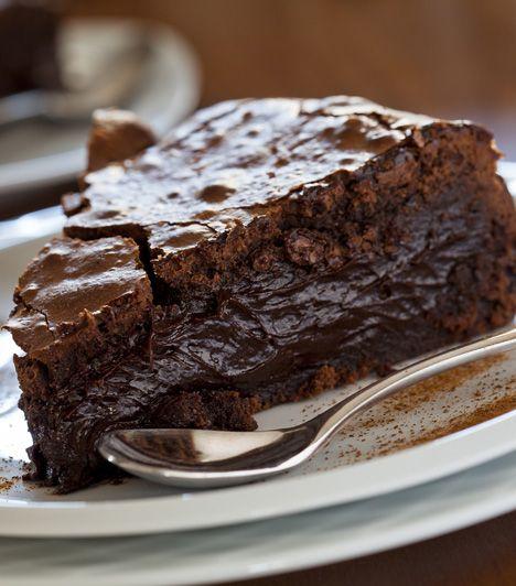 Ha nem, most megtudhatod: Rigó János cigányprímás a szerelmének készíttetett süteményt, ami azóta minden cukrászda kedvence.