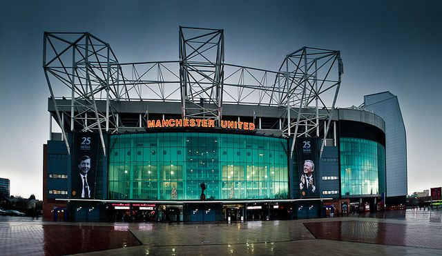 old trafford stadium, darling can you marry me at this place?
