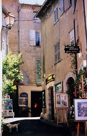 Mougins - Artist town & food lover's paradise,Provence,France