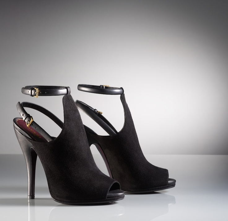 GUCCI: Classic Heels, Open Toe, Sandals Bootie, Toe Sandals, Bootie Black, Gucci Sandals, Gucci Open, Heels Shoes, Leather Buckles