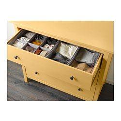 IKEA - HEMNES, Kommode mit 3 Schubladen, gelb, , Aus Massivholz, einem strapazierfähigen, lebendigen Naturmaterial.Leichtgängige Schubladen mit Ausziehsperre.Ergänzt mit SVIRA Behälter 3er-Set kommt Ordnung und Übersicht in alle Schubladen.