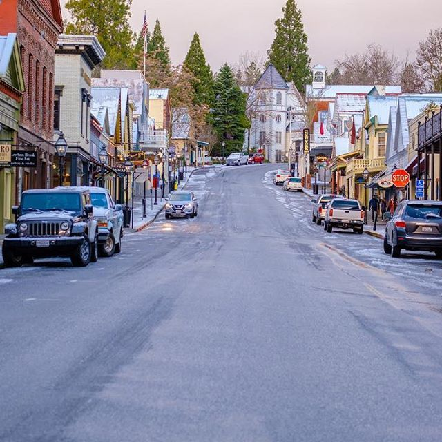 Downtown Nevada City Photo By Rhm Images Nevadacity Nevada City California Nevada City California City