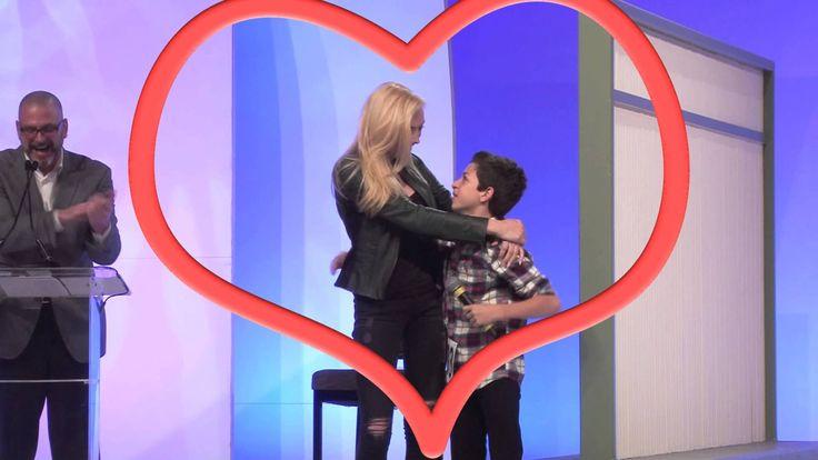 peyton list kissing - YouTube